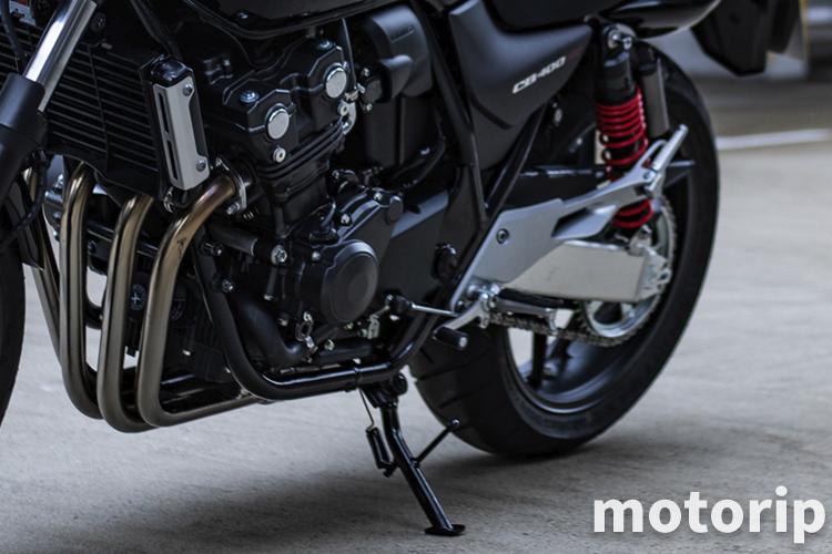 バイクの足つきの悪さはプリロード調整で改善できる|サスペンション調整
