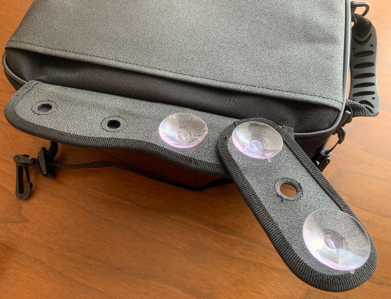 マグレス5500Sは吸盤式のタンクバッグなので傷がつきにくい
