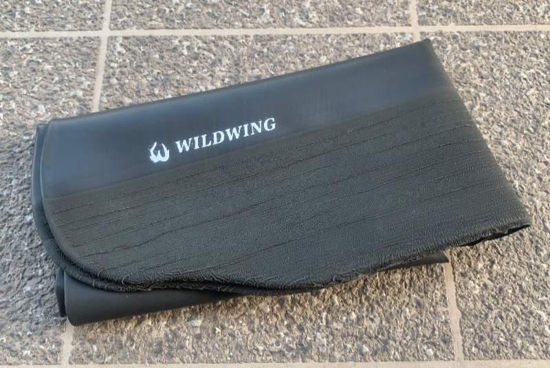 WILDWING レインブーツカバーはコンパクトに折り畳める