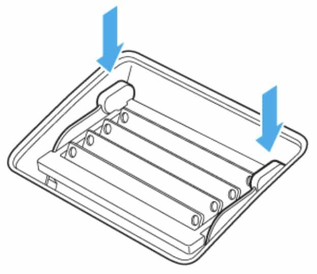 iMac 27インチ メモリ増設手順|レバーを戻す