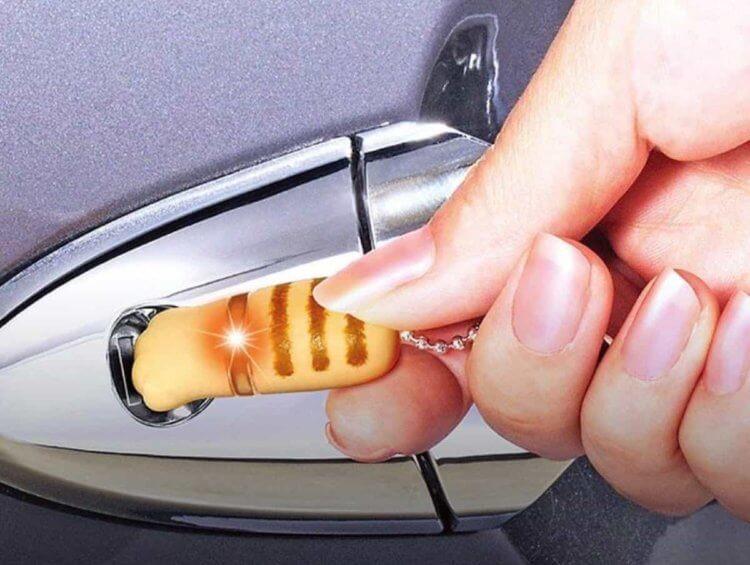 カーメイト 車用 レジテック ネコの手 ライトイエロー